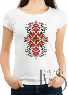 Дамска тениска с фолклорни мотиви Модел 10F шевици