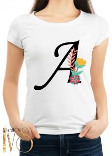 Дамска тениска бяла с буква и цвете