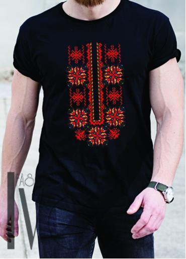 Мъжка тениска с фолклорни мотиви Модел 18MB шевици