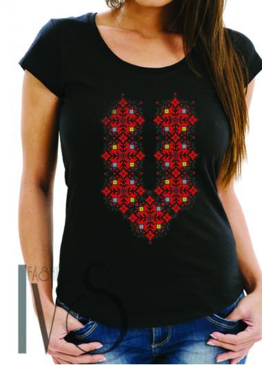 Дамска тениска с фолклорни мотиви Модел 17FB шевици