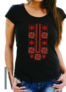 Дамска тениска с фолклорни мотиви Модел 18FB шевици