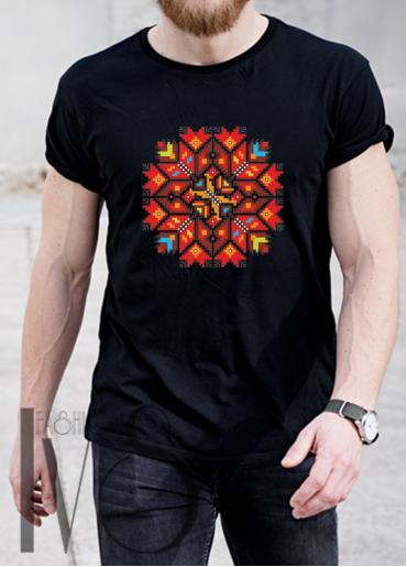 Мъжка тениска с фолклорни мотиви Модел 4MB шевици